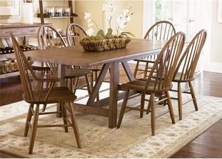 Liberty Furniture Farmhouse 7-Piece Trestle Dining Set Oak